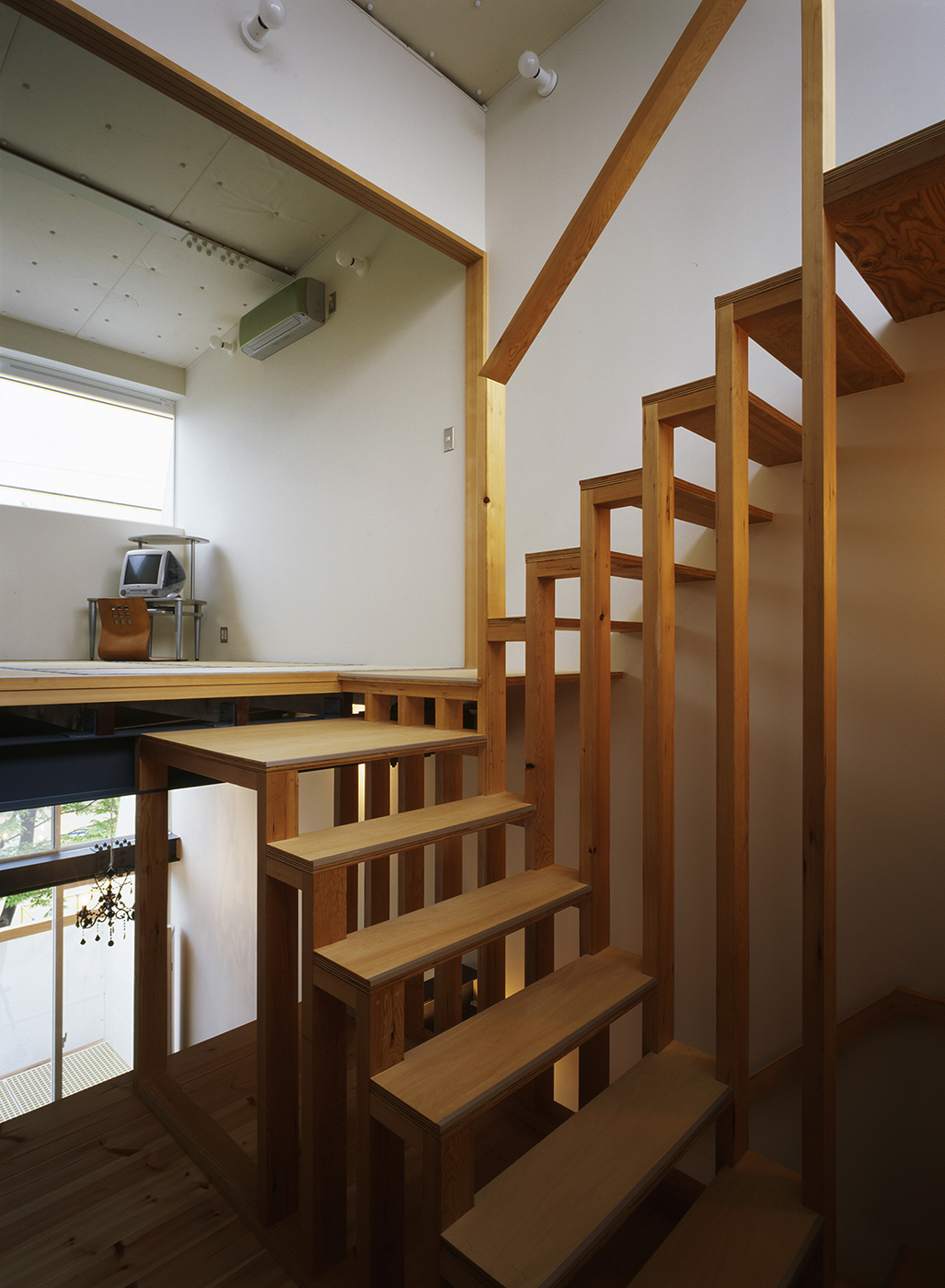 鉄骨3階スキップフロア