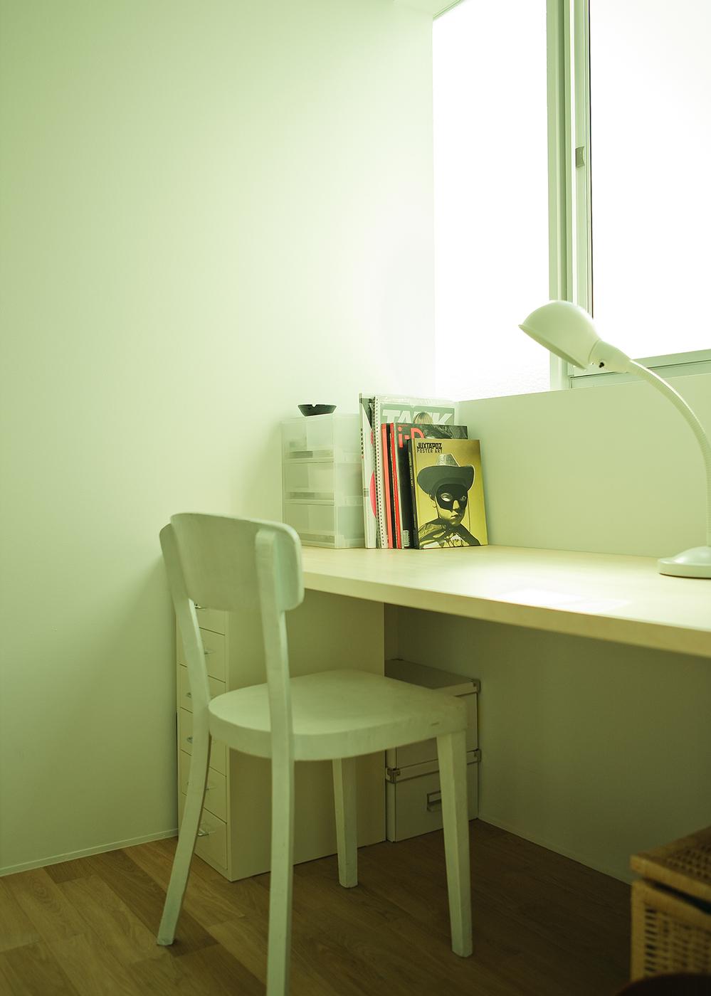 シンプルな書斎