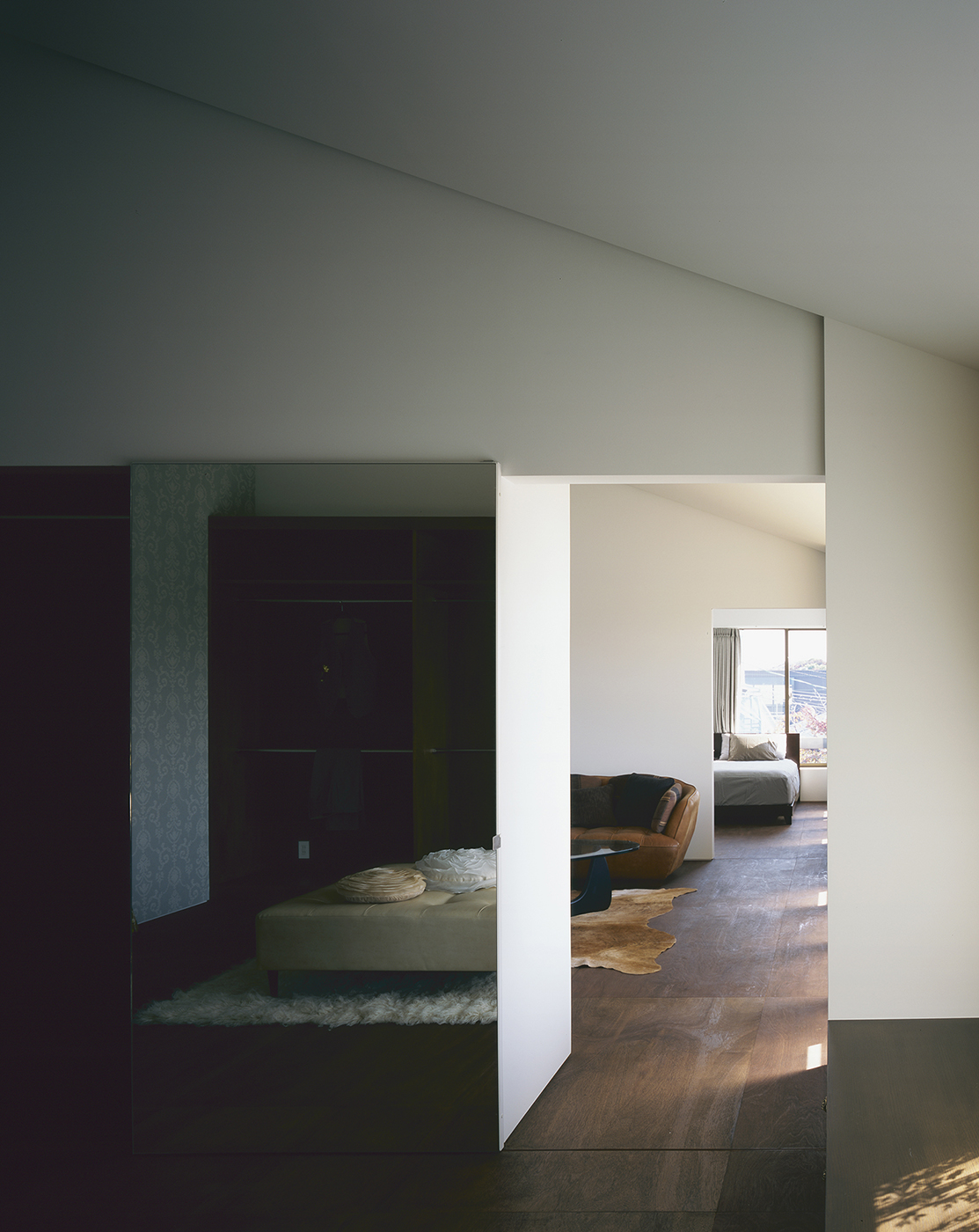 クロークルーム、RC住宅2世帯リノベーション