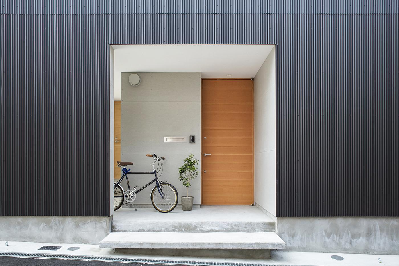 東大阪鳥居町の家ポーチ