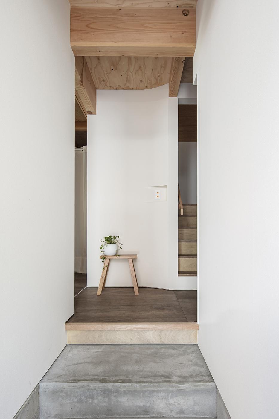 東大阪鳥居町の家玄関