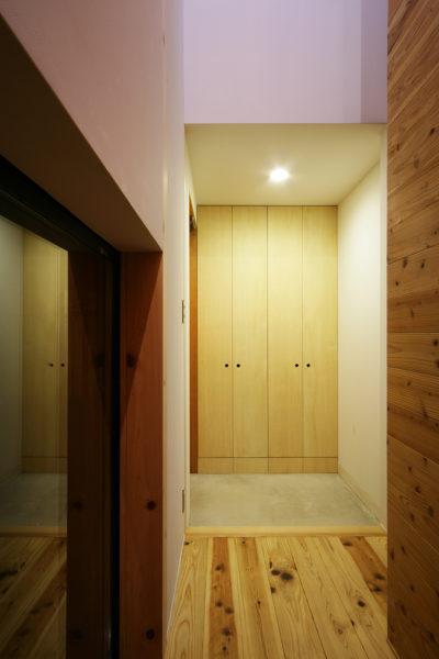 甲賀、木造2階