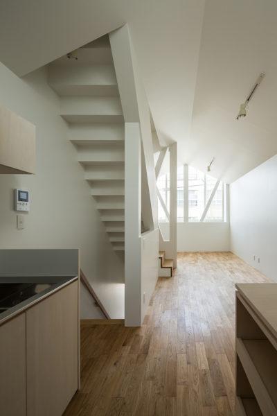 シンプルな3階建て