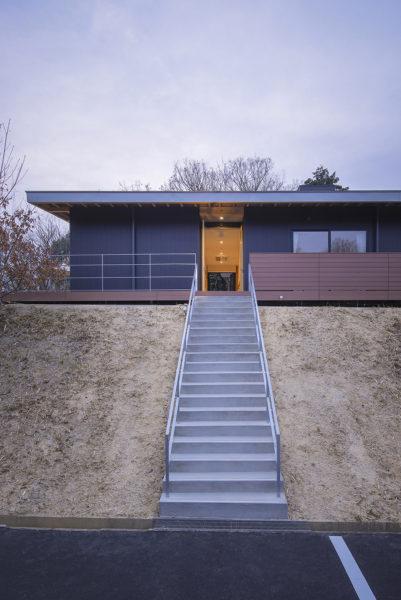福祉ホーム有縁のすみか階段
