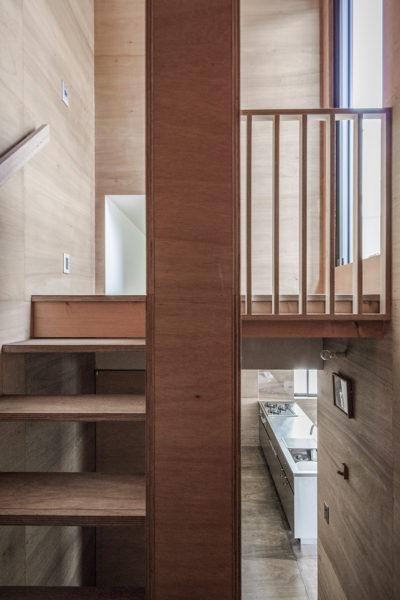 東大阪鳥居町の家階段